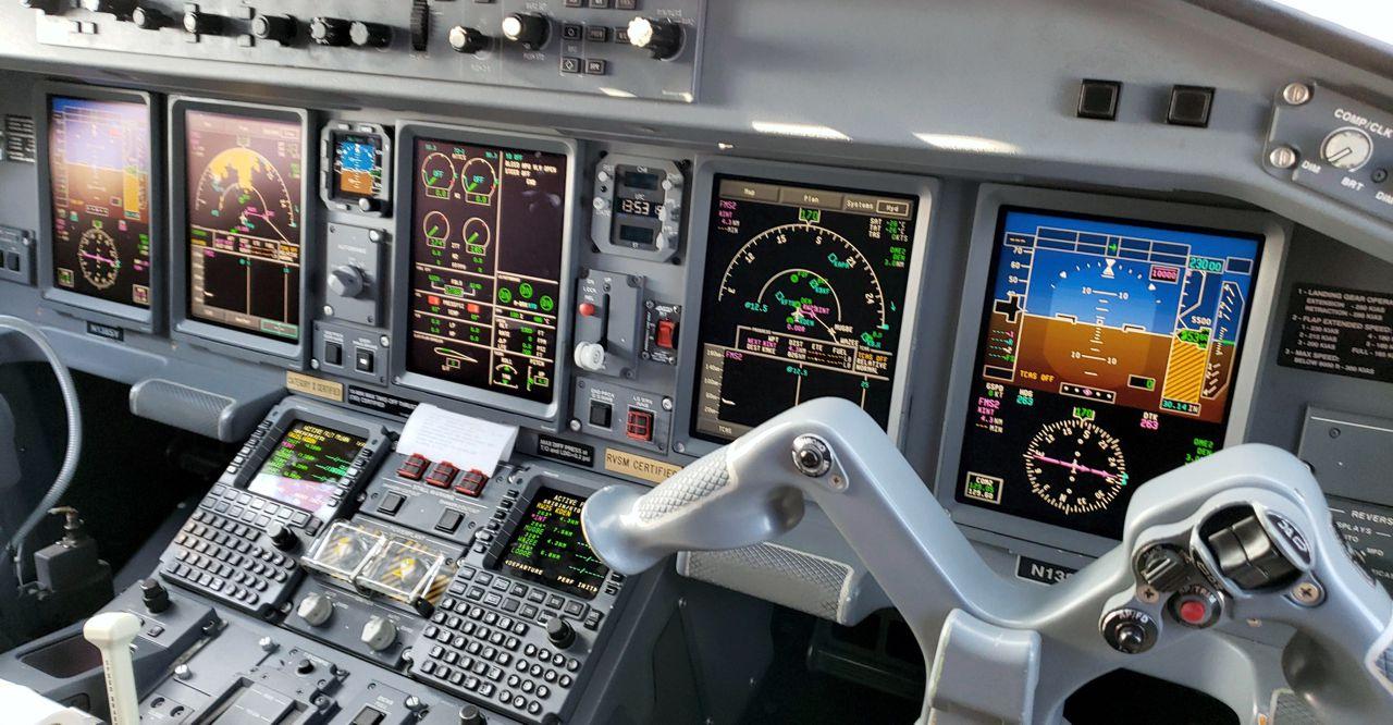 Embraer Cockpit recreational aerobatics