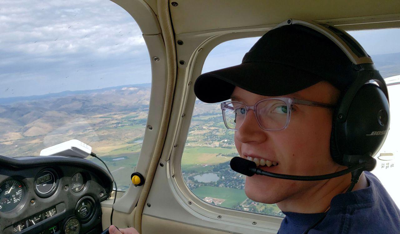 Justin Flying recreational aerobatics