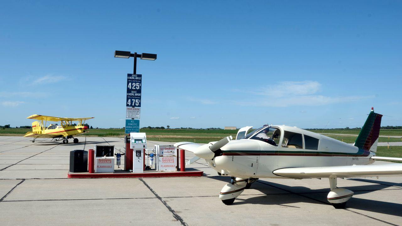 Lucy And Ag Plane recreational aerobatics