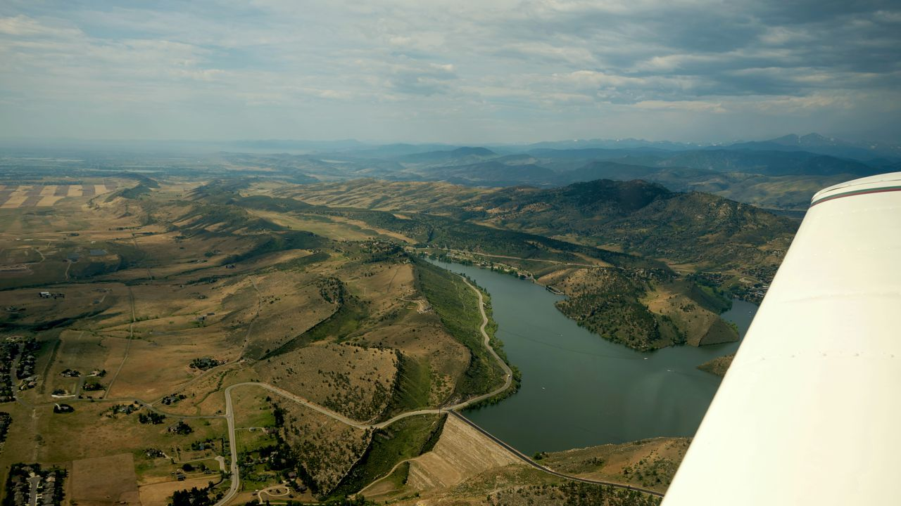 Rivr And Mountains recreational aerobatics